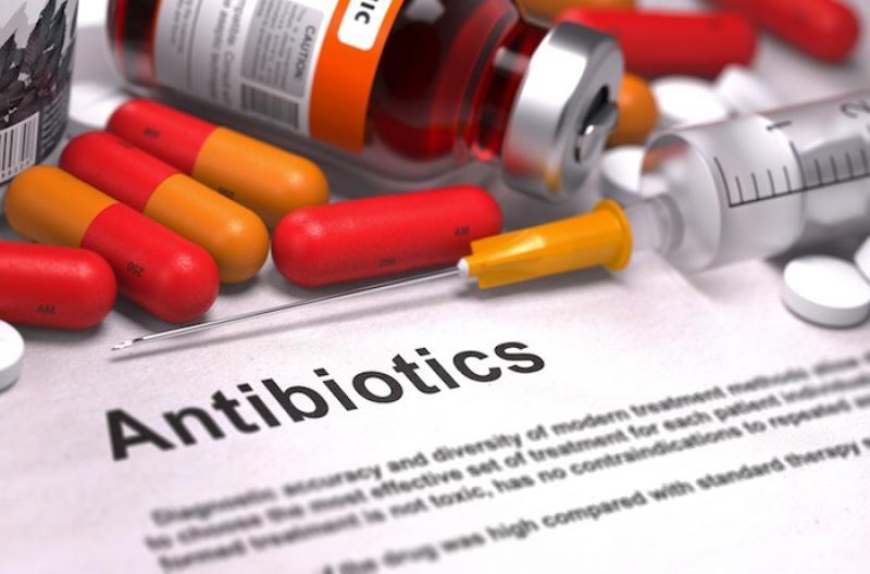 تاثیر منفی آنتی بیوتیک ها بر بدن