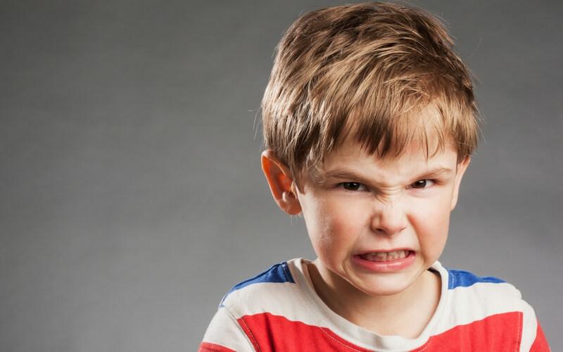 کودکان خشمگین را چگونه میتوان آرام کرد؟
