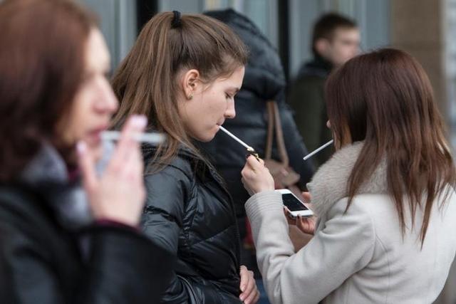 بیماری های خطرناکی که دچار زنان سیگاری می شود