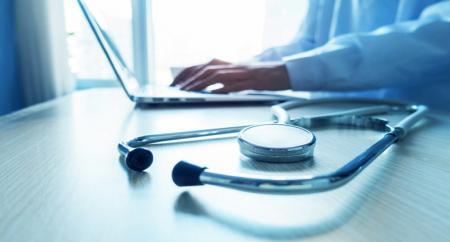 اجرای قانون برنامه ششم تنها راهکار رفع مشکلات حوزه سلامت