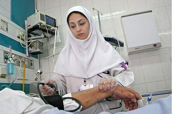 ۱۷هزار کمک پرستار به تدریج جذب بیمارستان ها می شوند