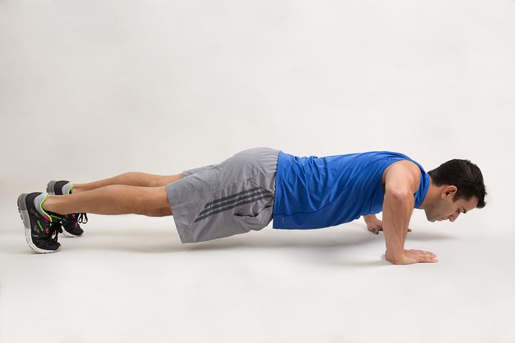 چند حرکت ورزشی برای تقویت عضلات بازو