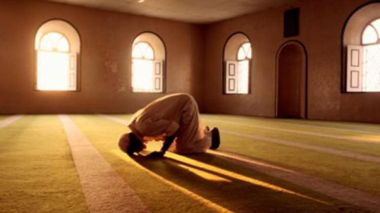 چرا توفیق نمی شود نماز صبح بخوانیم ؟!
