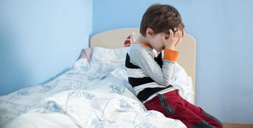علل «شبادراری کودکان» چیست؟ + روش های درمانی