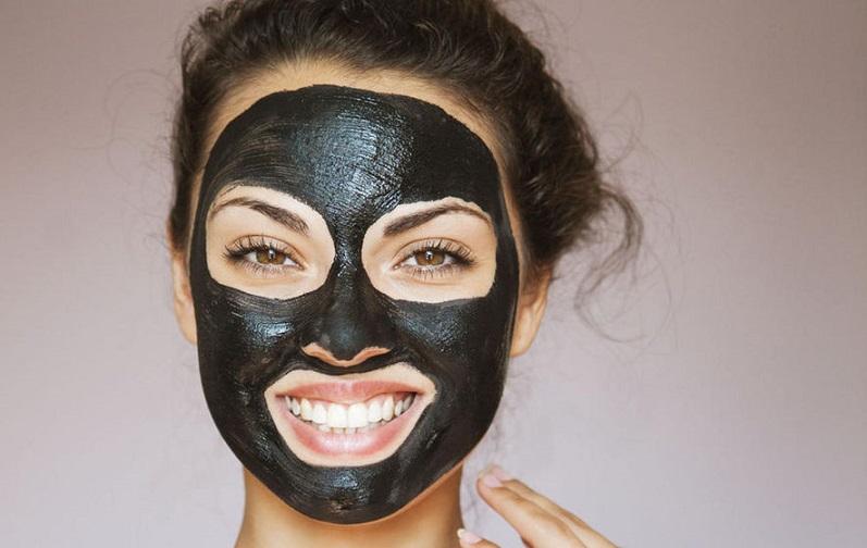 ماسک زغال برای زیبایی