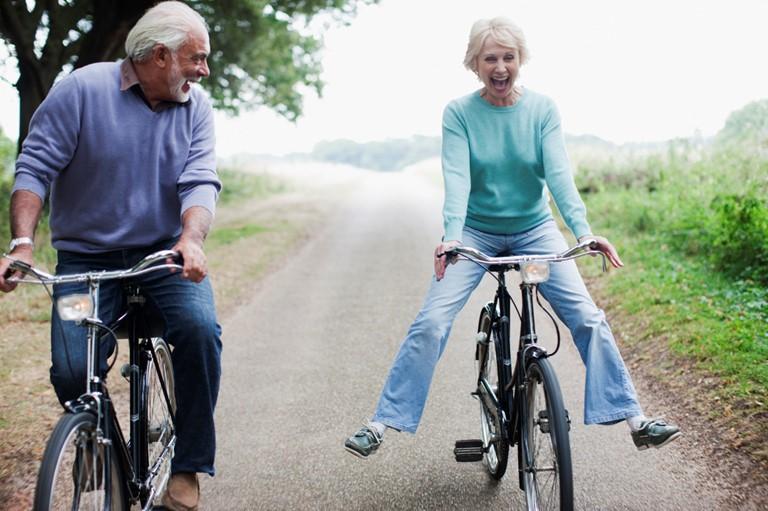 نکات مهم در مورد آسیب های ناشی از شنا و دوچرخه سواری