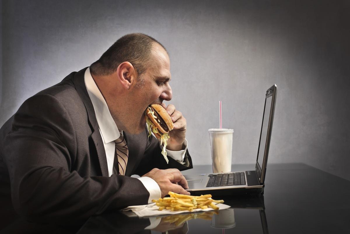 چگونه با تناسب اندام میزان استرس شغلی را کاهش دهیم؟