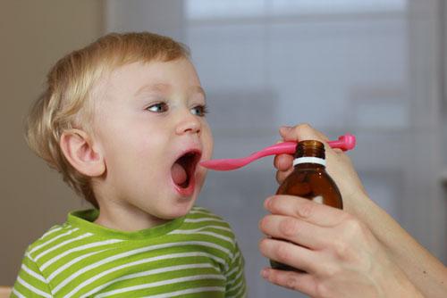 نحوه دارو دادن به کودک
