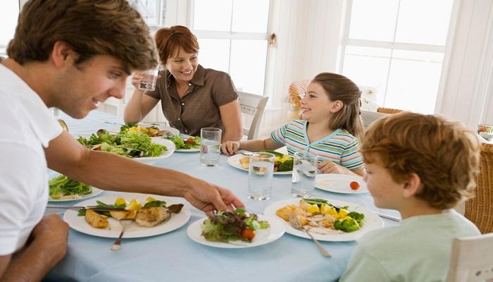 مواد غذایی که به دندان ها آسیب می زند!
