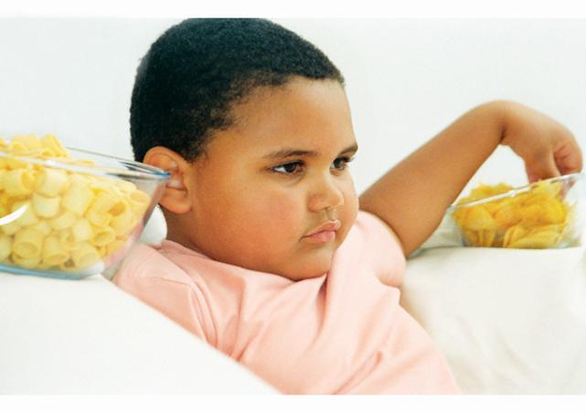 مهمترین عوامل چاقی در کودکان