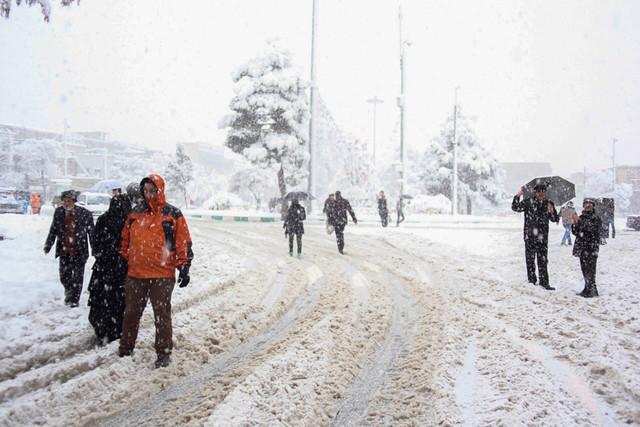 طرح تعطیلی یکماهه مدارس در زمستان برای کاهش آلودگی هوا