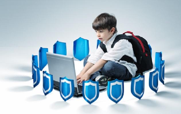 چگونه اینترنت را به فضایی امن برای کودکان تبدیل کنیم ؟