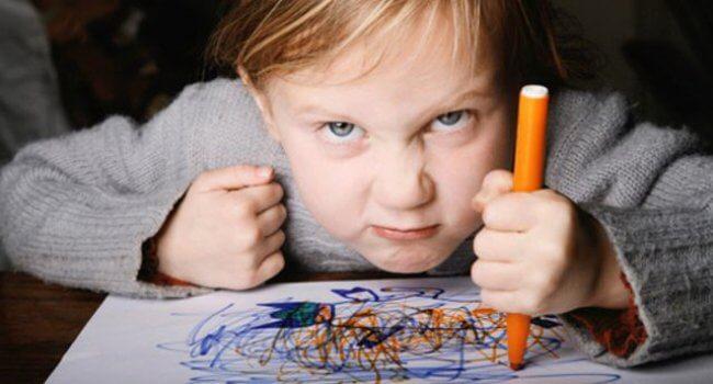 دلایل ایجاد عقده های روانی در کودکان