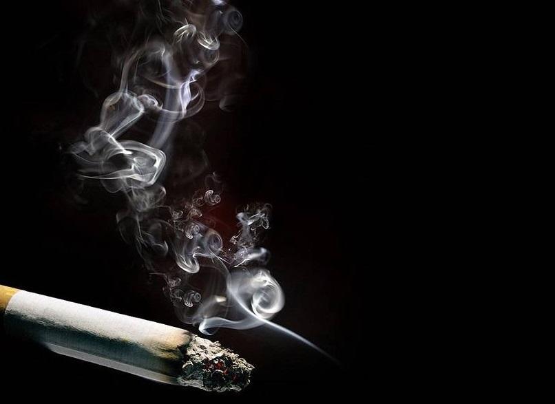 سیگار و ۷ اثری که روی دوران بارد اری و زایمان دارد