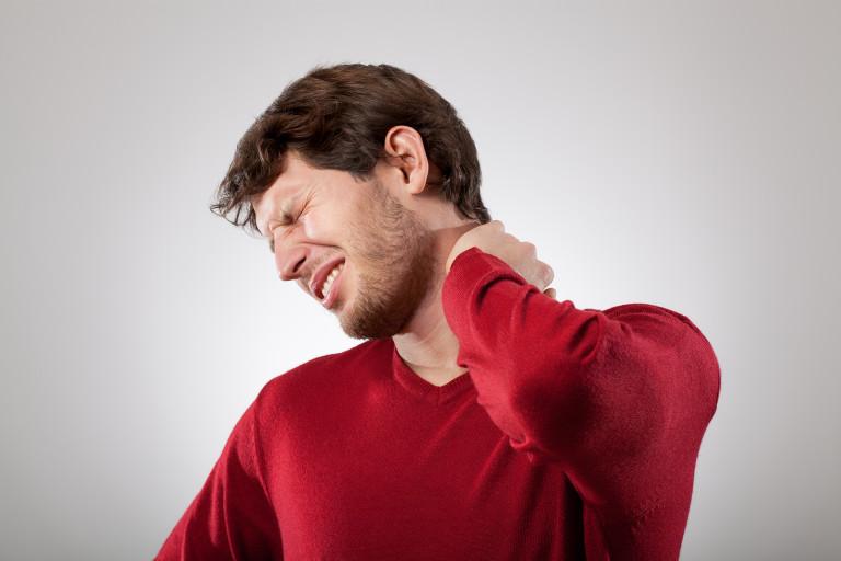 چگونه از التهاب برجستگی پشت گردن پیشگیری کنیم؟