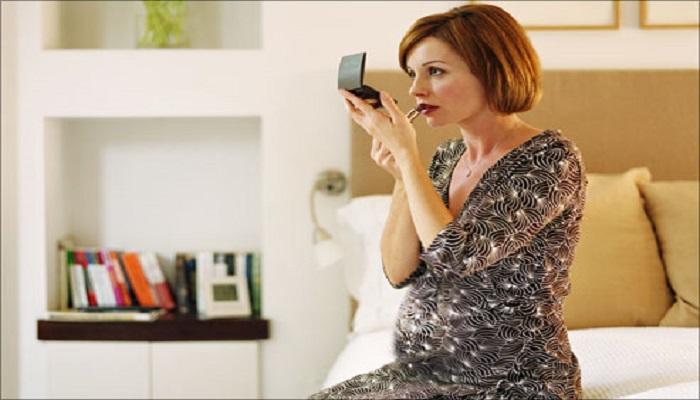 مصرف این مواد آرایشی در دوران بارداری ممنوع!