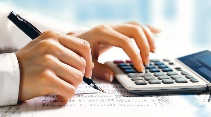 اتباع بیگانه دارای تمکن مالی باید حق بیمه بپردازند