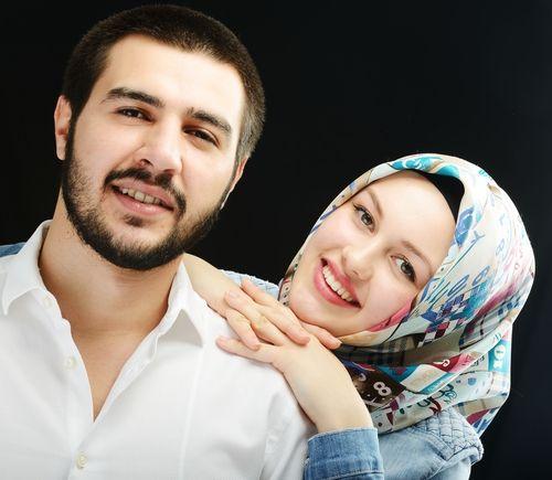 12 راز زنانی که شوهرشان عاشقشان است