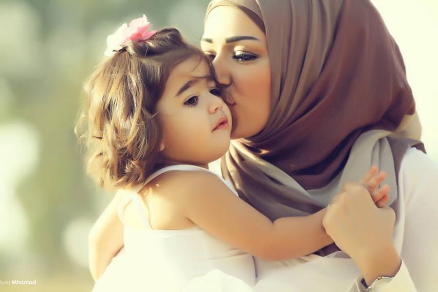 فواید در آغوش گرفتن نوزاد