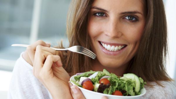 چگونه غذا بخوریم تا از پوسیدگی دندان ها جلوگیری کنیم؟