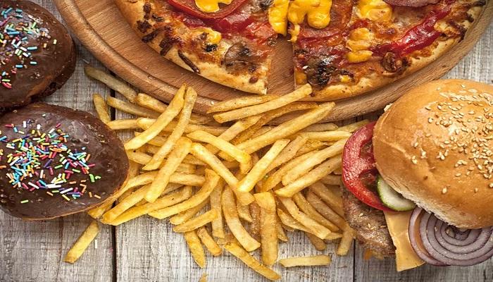 غذاهایی که هرگز و هرگز نباید بخورید