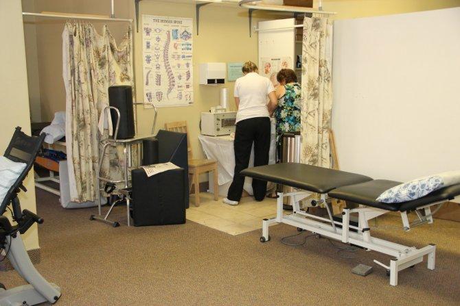 تختی که فیزیوتراپی را برای بیماران آسان میکند
