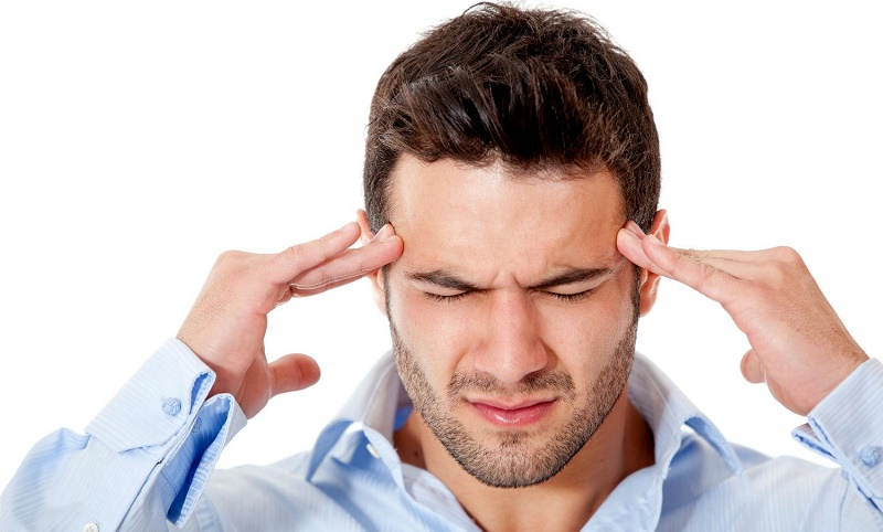 علت سردردهای مکرر