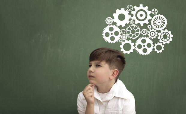 به این ۷ دلیل لازم نیست از کودکتان نخبه بسازید