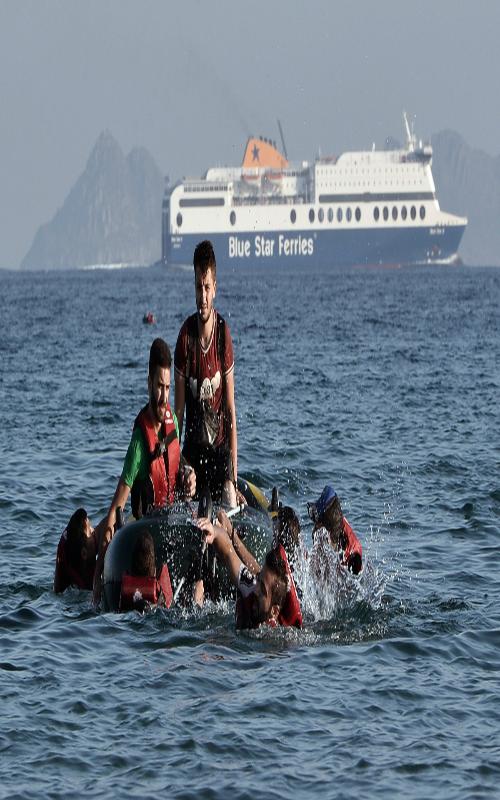 نجات ۳۶۰ مهاجر از آبهای لیبی