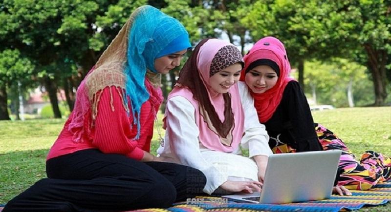 تندبادهایی که هویت جوانانمان را طوفانی می کند