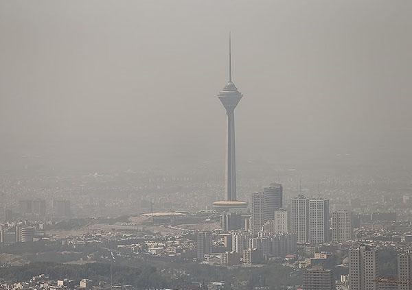 اجرای قانون هوای پاک تنها راه رفع معضل آلودگی هوا است