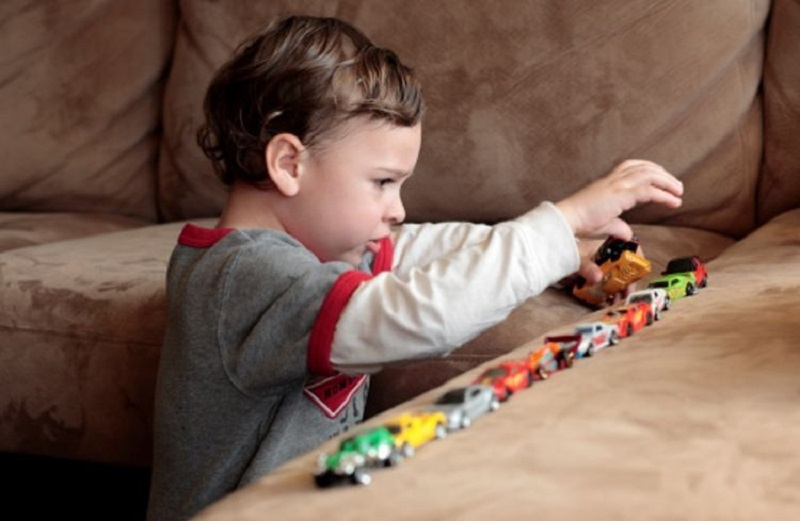 آیا اوتیسم در دوران بارداری قابل تشخیص است؟