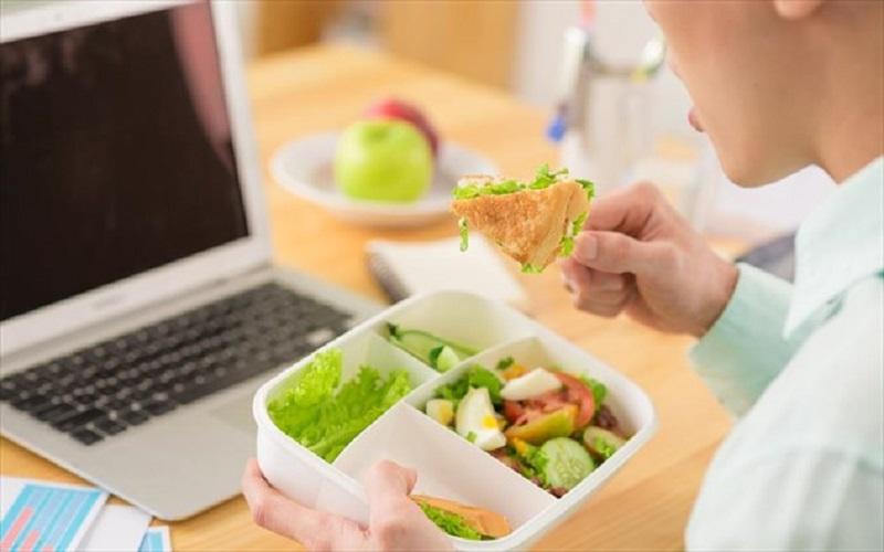 بهترین رژیم غذایی برای افراد شاغل