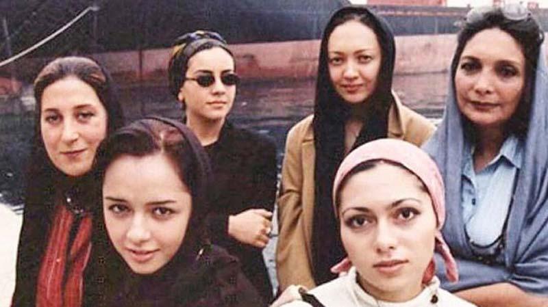 عکس زیرخاکی از خانم های بازیگر در یونان! + عکس