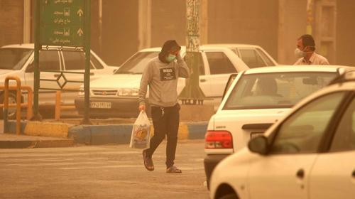 هوای خوزستان در تعلیق