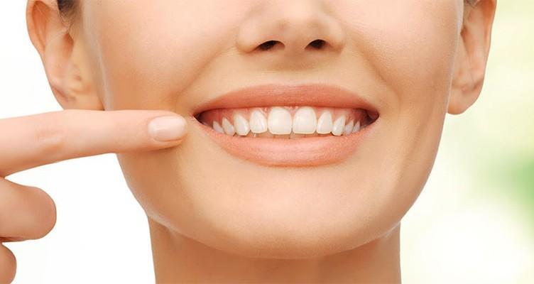 حفظ سلامت دندان ها با مصرف این مواد غذایی