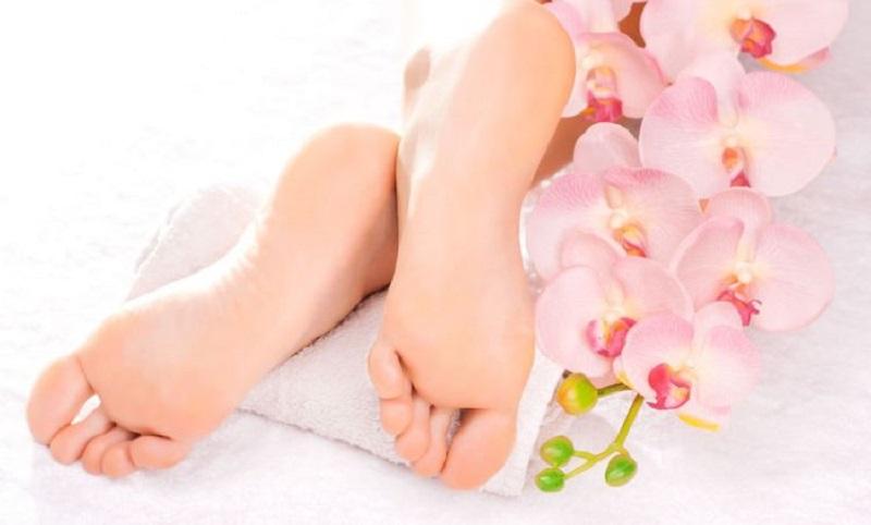 10 نشانه در پاها که خبر از بیماری می دهند