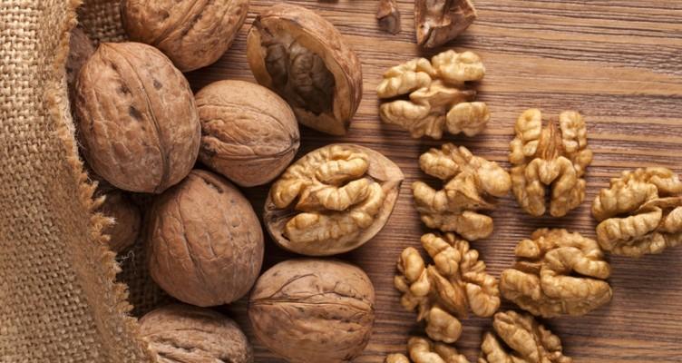 اگر میخواهید آلزایمر نگیرید، این مواد غذایی را بخورید