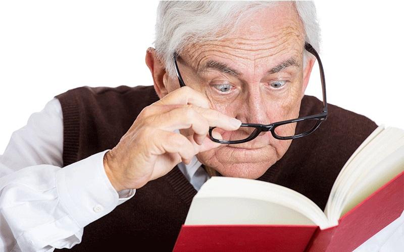 با افزایش سن چگونه از سلامت چشم هایمان محافظت کنیم ؟