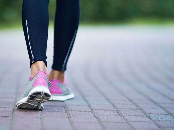 پیاده روی روزانه بهتر است یا شبانه؟