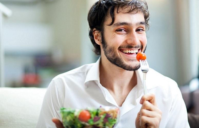 9 توصیه غذایی فوق العاده مهم برای مردان جوان