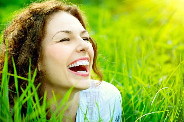 اینفوگرافیک|12 راه برای شاد و باروحیه بودن