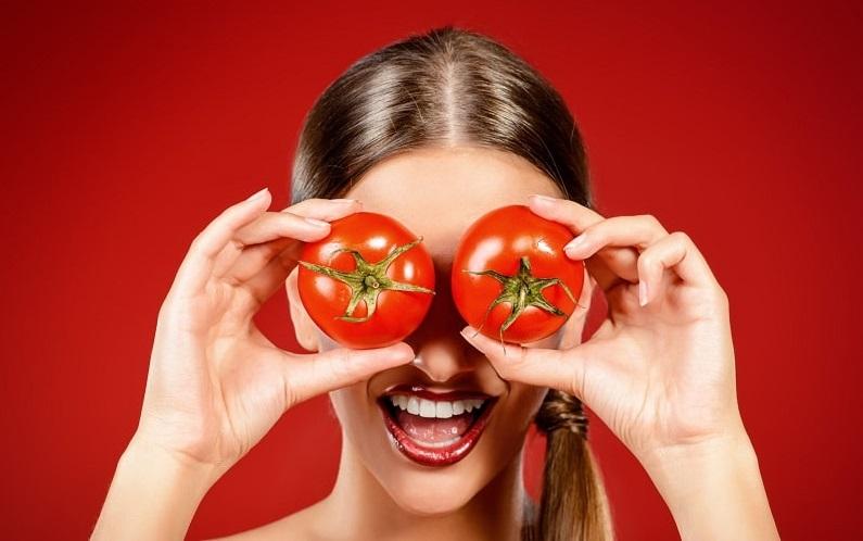 ماسک معجزهگر گوجهفرنگی برای داشتن پوستی زیبا
