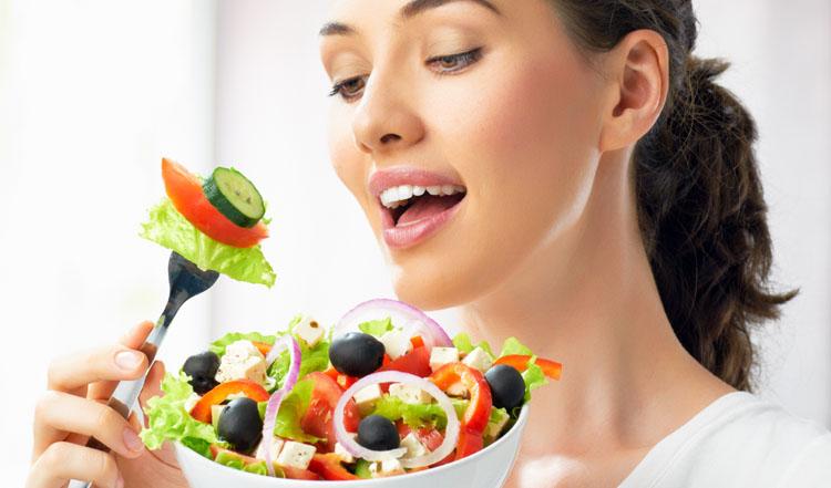اهمیت تغذیه در زنان بیش از مردان