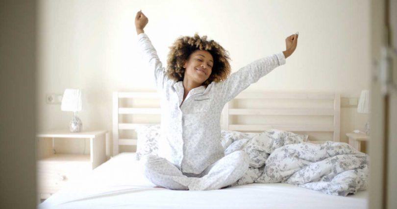 6 حرکت ورزشی مخصوص داخل رختخواب