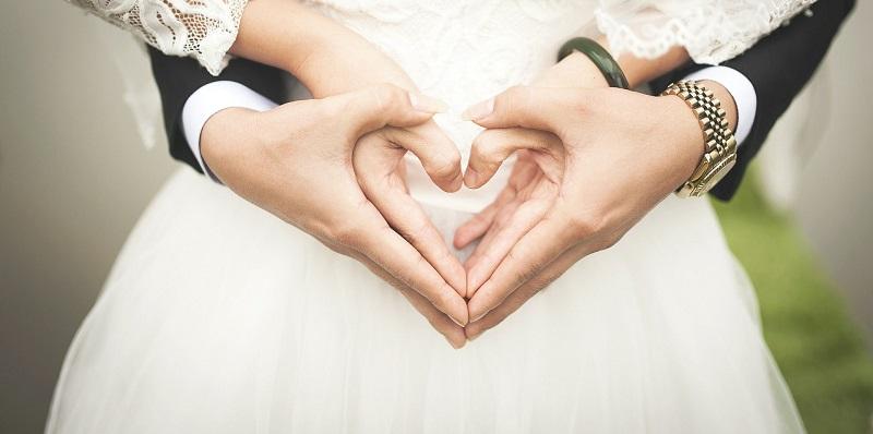 زیر پوست افزایش ازدواج دختران با مردان بالای ۶۰ سال
