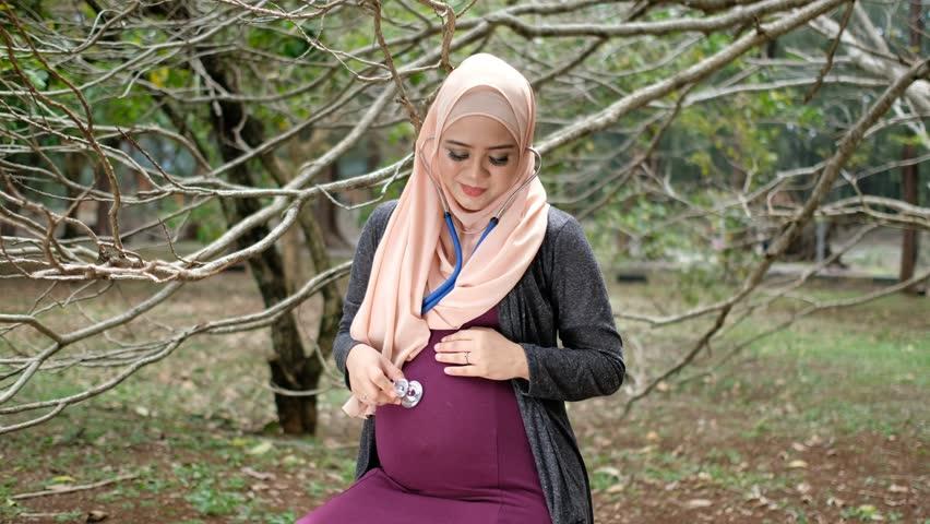 اینفوگرافیک توصیههای معنوی بــرای دوره بارداری