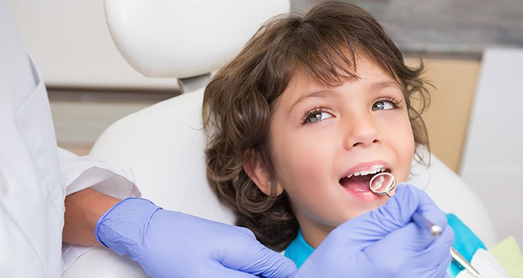 پس از کشیدن دندان این کارها را نکنید