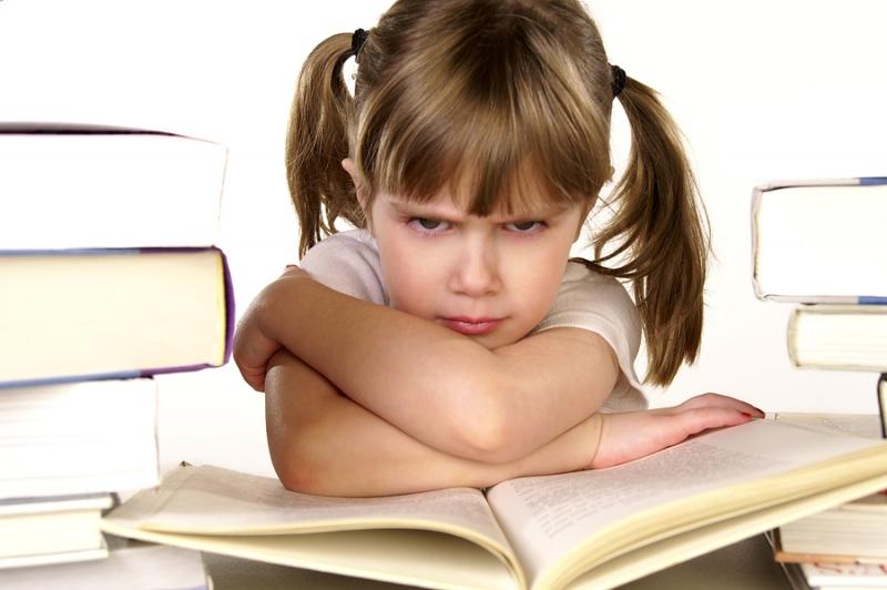 رفتار مناسب در مقابل خودرایی کودکان