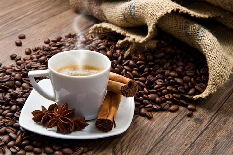 آیا عادت قهوه خوردن می تواند عمر شما را طولانی تر کند؟